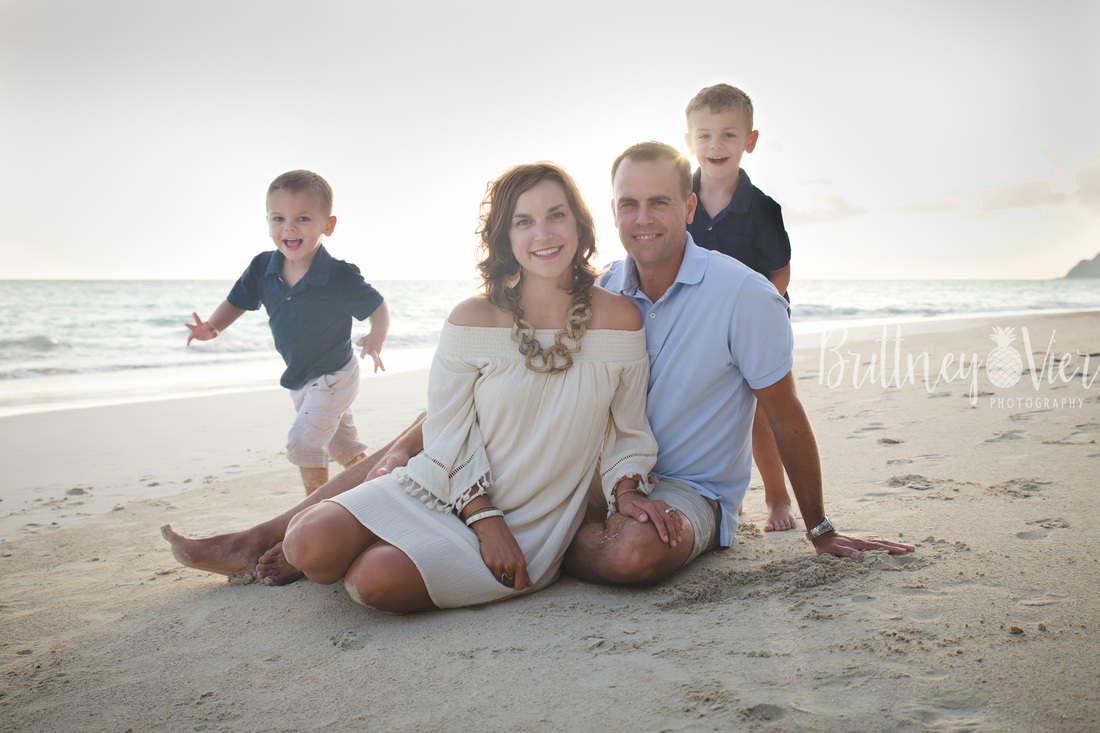Oahu Family Photographer | Family Beach Session - family pose